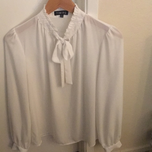Timing Tops - VINTAGE STYLE Tie Neck Blouse